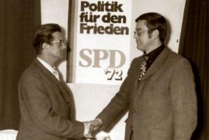 Max Brandl mit Bürgermeister Franz Poxleitner